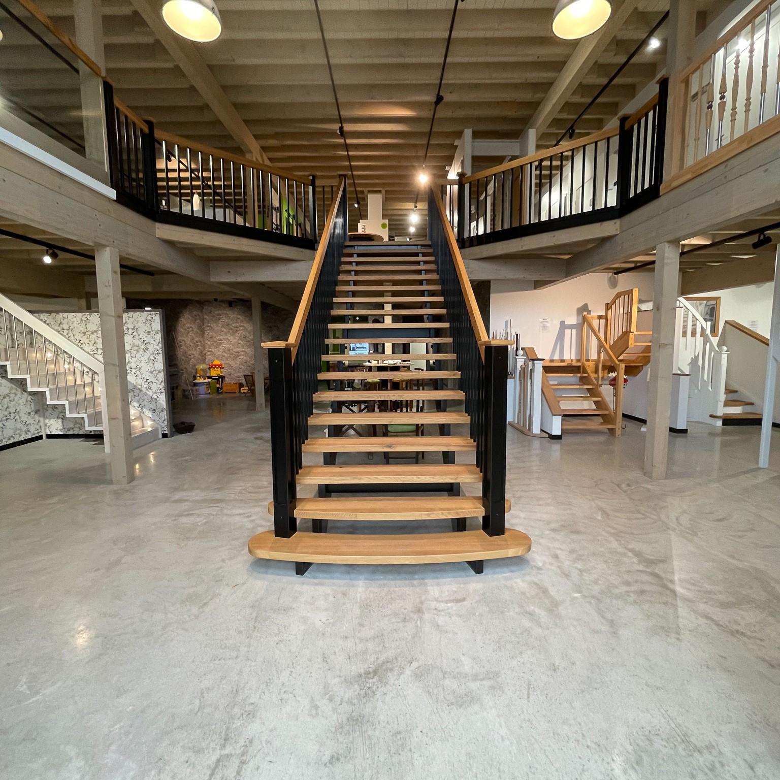 Massivholzplatten als Treppenstufen